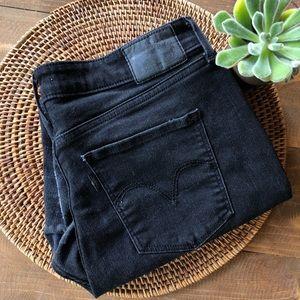 LEVI Classic Mid Rise Skinny Jean